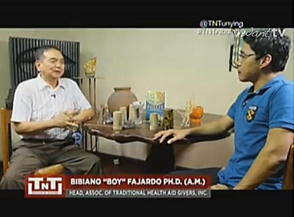 Albularyo Bibiano Boy Fajardo explains the science behind Hilot on Tapatan ni Tunying
