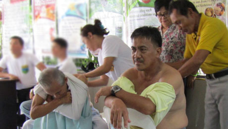 Students of PINS and GPH Payatas free Hilot mission